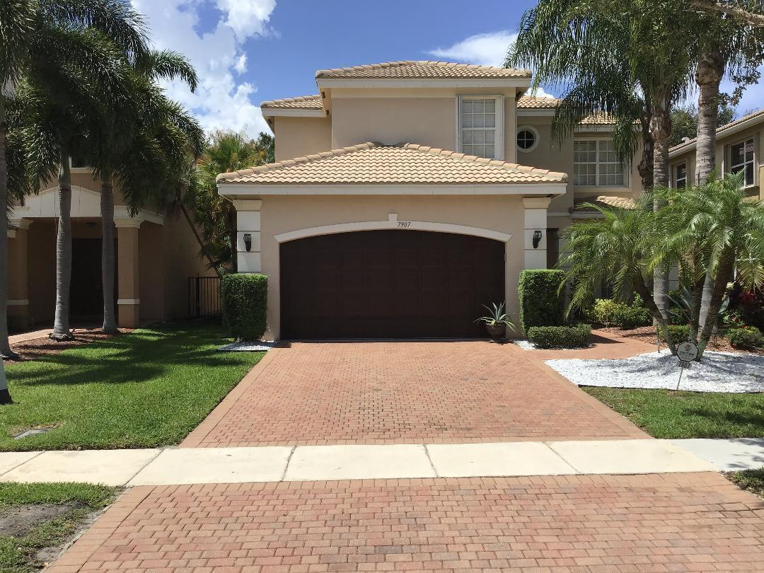 7907 Emerald Winds Circle  Boynton Beach, FL 33473
