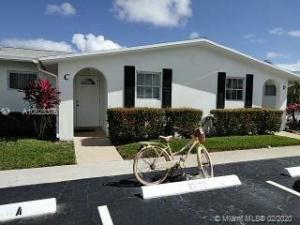 2930  Crosley Drive C For Sale 10633694, FL