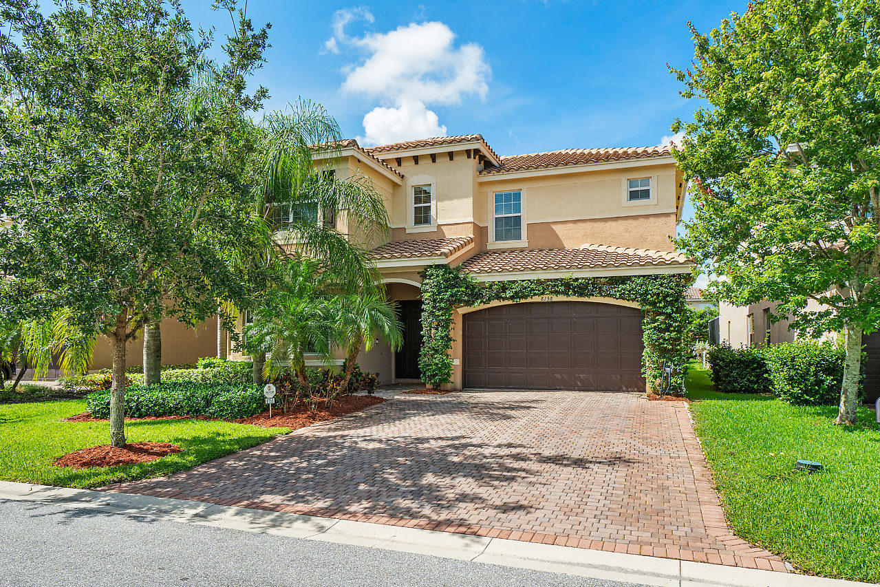 8158 Santalo Cove Court  Boynton Beach, FL 33473