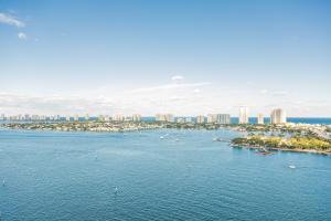 2640  Lake Shore Drive 1915 For Sale 10634319, FL