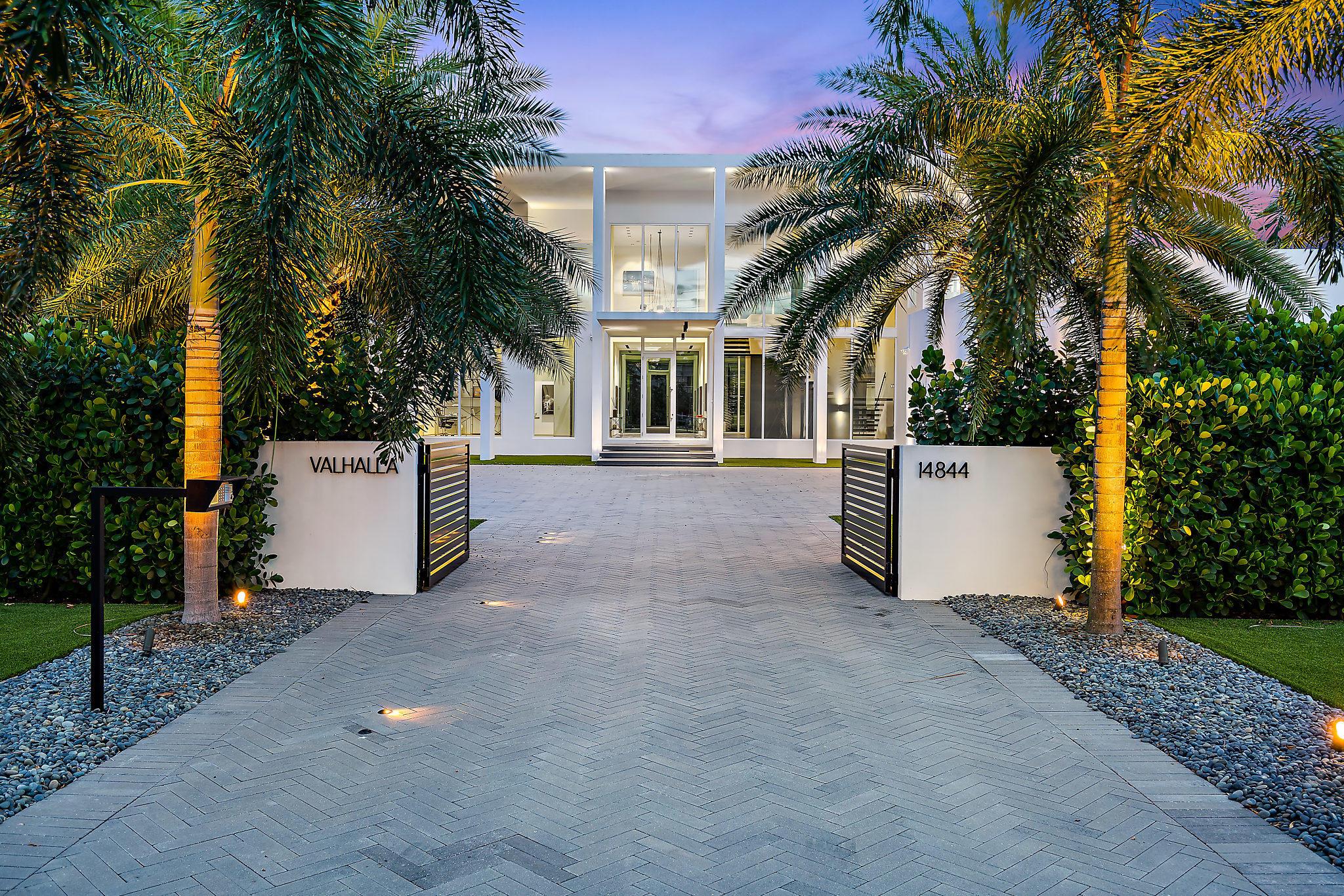 14844 Palmwood Road Palm Beach Gardens, FL 33410