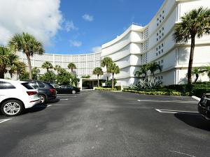 2760 S Ocean Boulevard 202 For Sale 10633898, FL