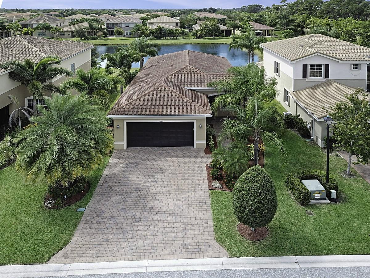 10521 Cape Delabra Court  Boynton Beach, FL 33473
