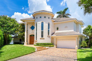 66  Harbour Drive  For Sale 10633936, FL