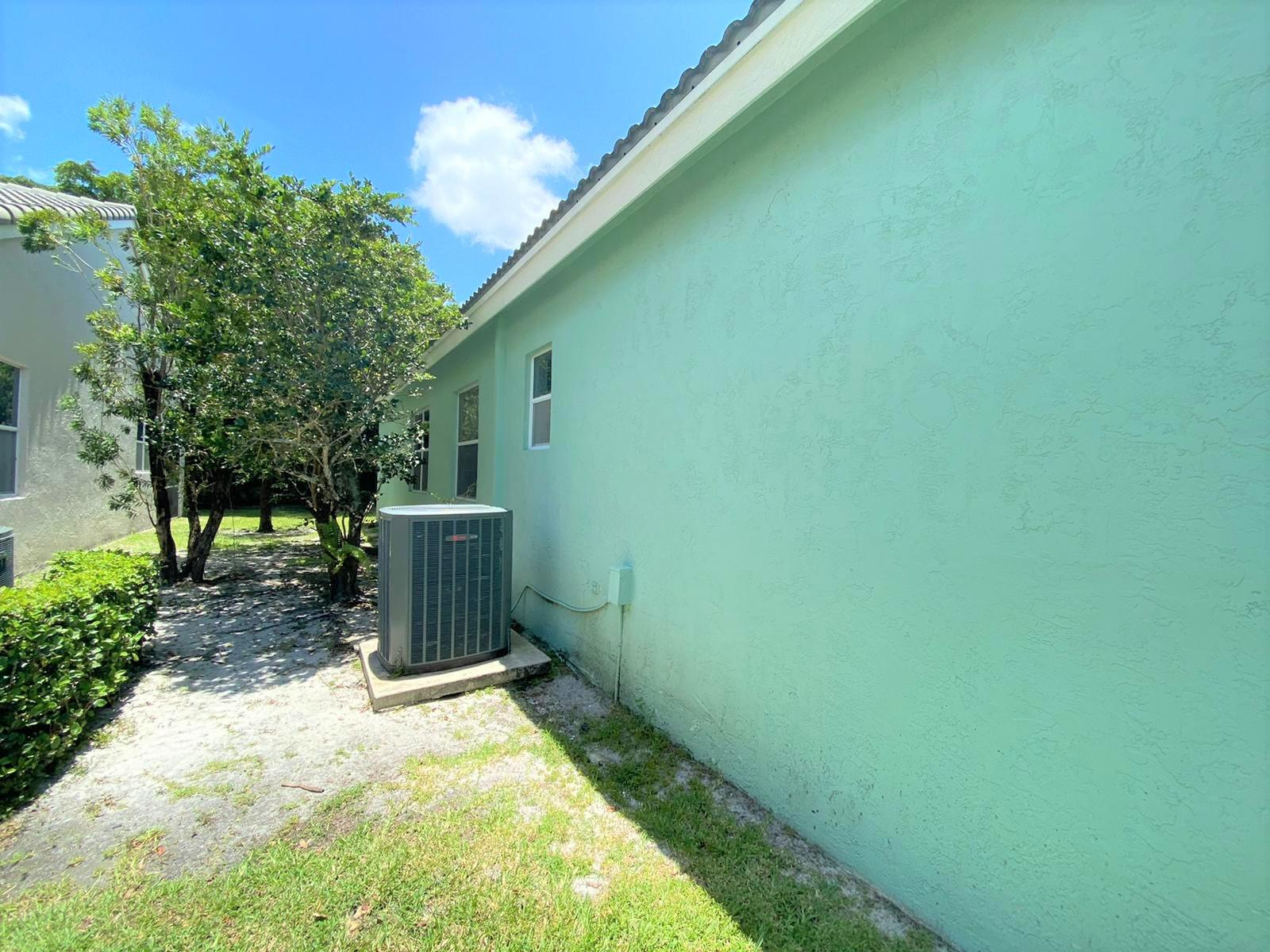 7836 Rockford Road Boynton Beach, FL 33472 photo 3