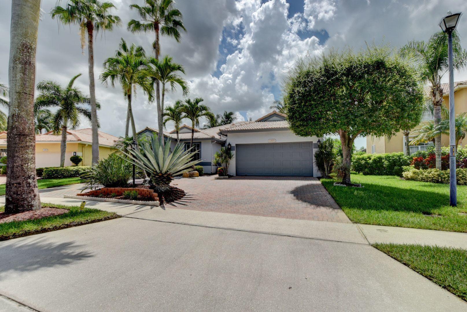 12859 Hyland Circle  Boca Raton, FL 33428