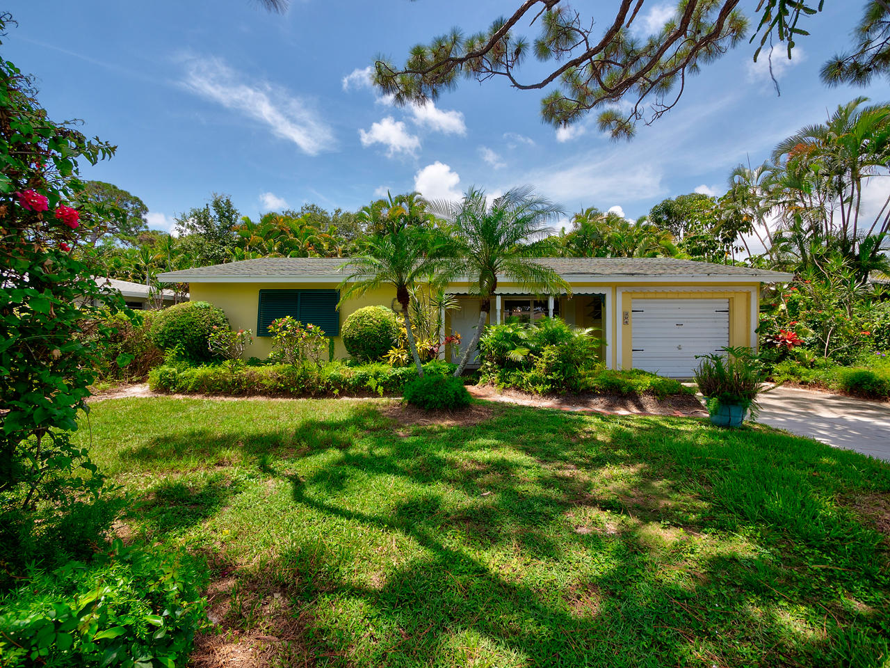 204 W Norfolk Road, Jupiter in Palm Beach County, FL 33469 Home for Sale