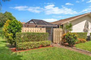 2924 NW 7th Court D For Sale 10634310, FL