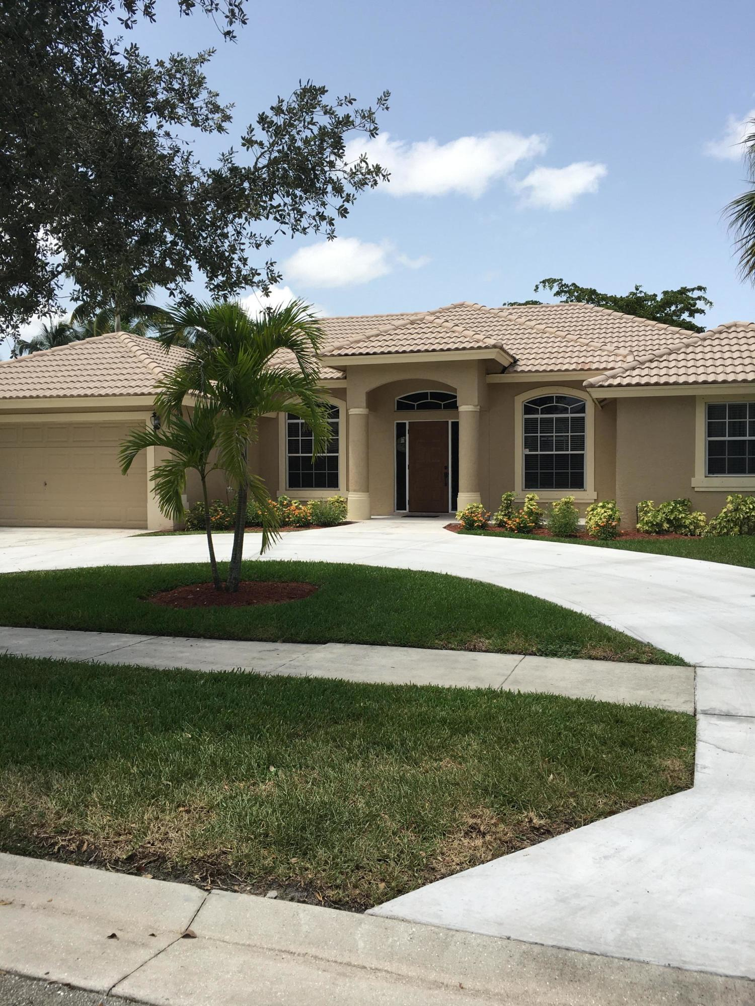 116 Kapok Crescent Crescent Royal Palm Beach, FL 33411