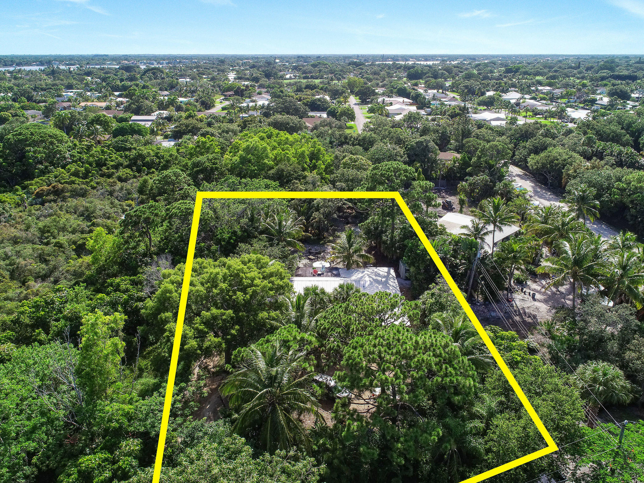 19943 Pinetree Drive, Jupiter, Florida 33469, 3 Bedrooms Bedrooms, ,2 BathroomsBathrooms,Residential,for Sale,Pinetree,RX-10634454, , , ,for Sale