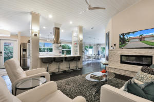5279  Grande Palm Circle  For Sale 10634465, FL