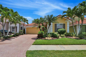 8288  Heritage Club Drive  For Sale 10634557, FL