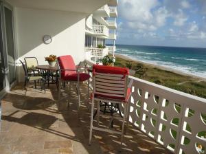 1225 S Ocean Boulevard 702 For Sale 10634868, FL
