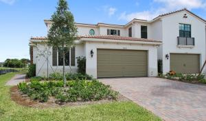 10057  Brickhill Drive 131 For Sale 10634690, FL