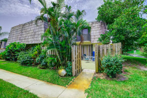 1644  Forest Lakes Circle D For Sale 10634712, FL