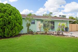 9656 SW 12th Court  For Sale 10635544, FL