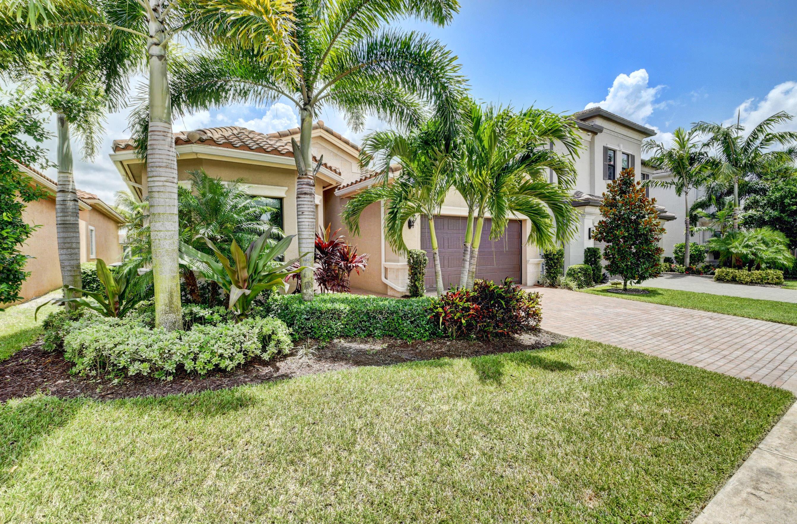 9518 Eden Roc Court  Delray Beach, FL 33446