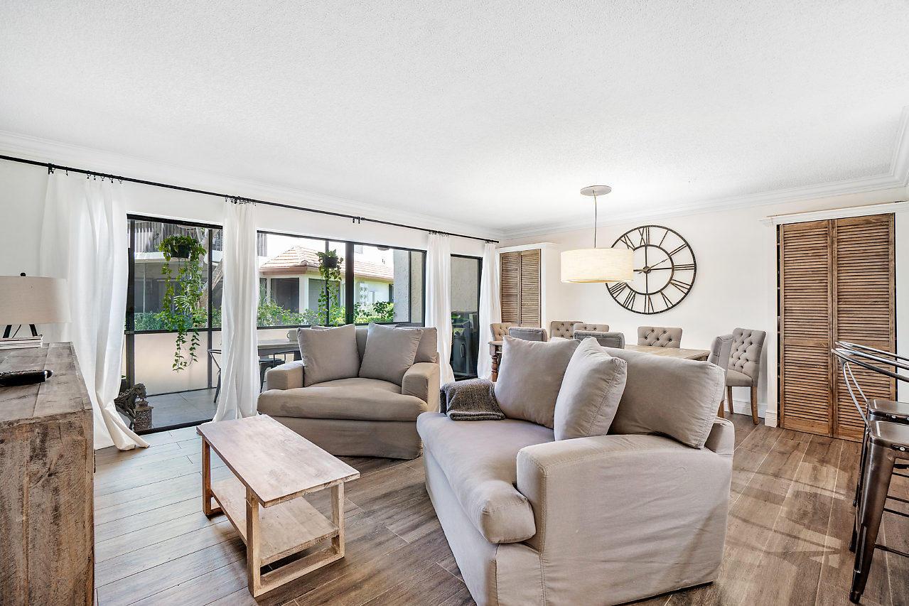 Home for sale in SHORES AT WELLINGTON II CONDO Wellington Florida