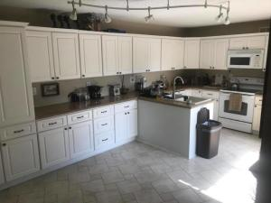 583  Green Springs Place 583 For Sale 10640103, FL