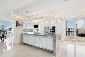 2575 S Ocean Boulevard Ph 411-412s For Sale 10634894, FL