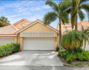23156  Fountain View Drive B For Sale 10635004, FL