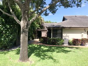 10083  Laurelwood Place  For Sale 10635349, FL