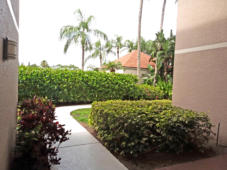 5850 Camino Del Sol 407 Boca Raton, FL 33433 photo 29