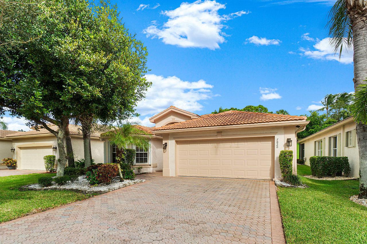 7828 Kingsley Palm Terrace Lake Worth, FL 33467 photo 2
