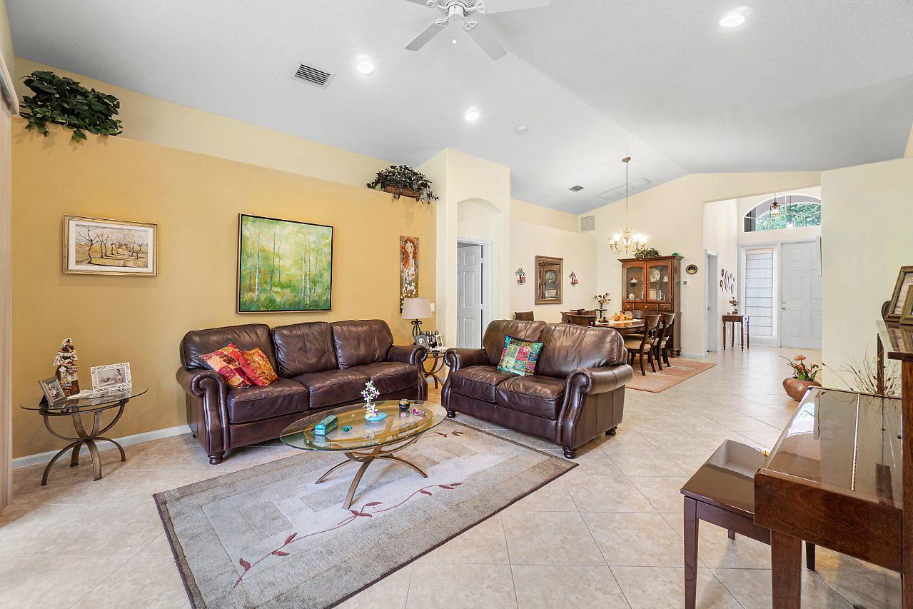 7828 Kingsley Palm Terrace Lake Worth, FL 33467 photo 6
