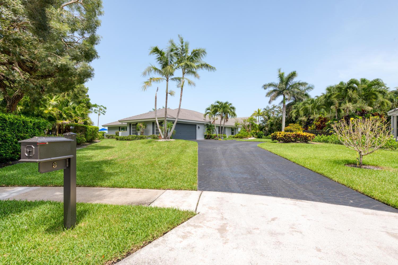 Photo of 8 Woodbrook Circle, West Palm Beach, FL 33401