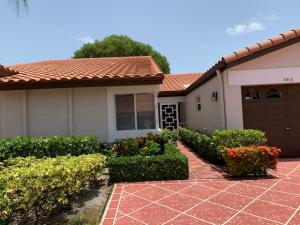 6416  Mill Pointe Circle  For Sale 10635225, FL
