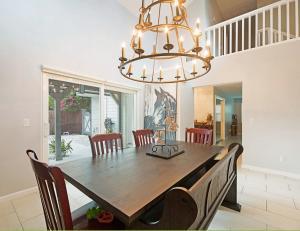13408  Bedford Mews Court  For Sale 10632951, FL