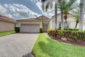9512  Honeybell Circle  For Sale 10635763, FL