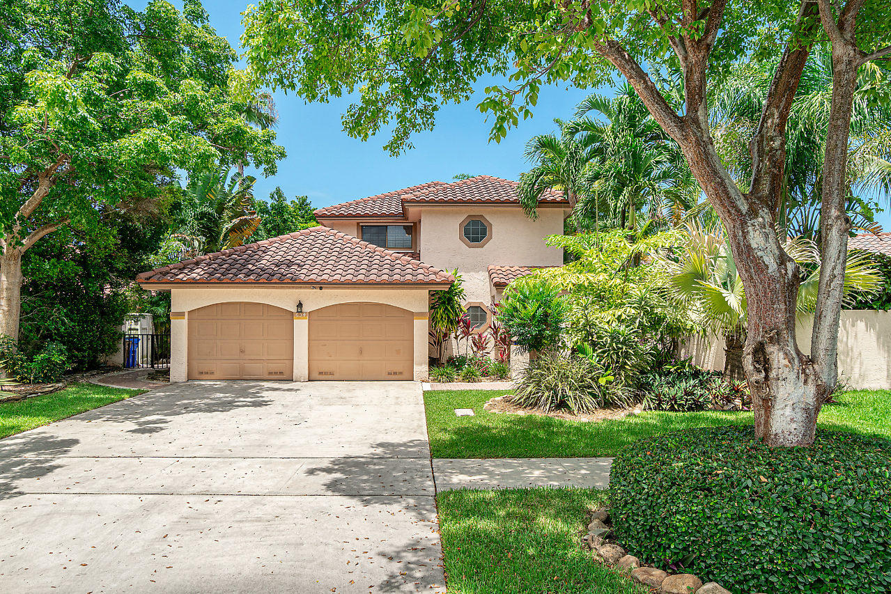 Home for sale in Starlight Cove Deerfield Beach Florida