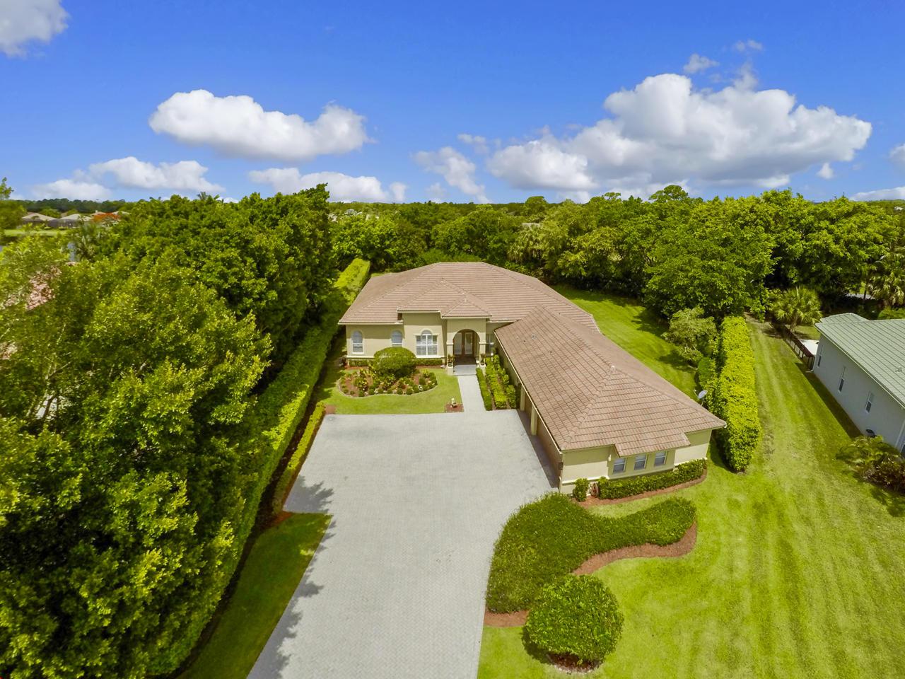 7801 Fairway Lane West Palm Beach, FL 33412 photo 2