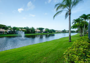 5512  Grande Palm Circle  For Sale 10635667, FL