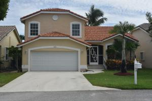 18152  Clear Brook Circle  For Sale 10636167, FL