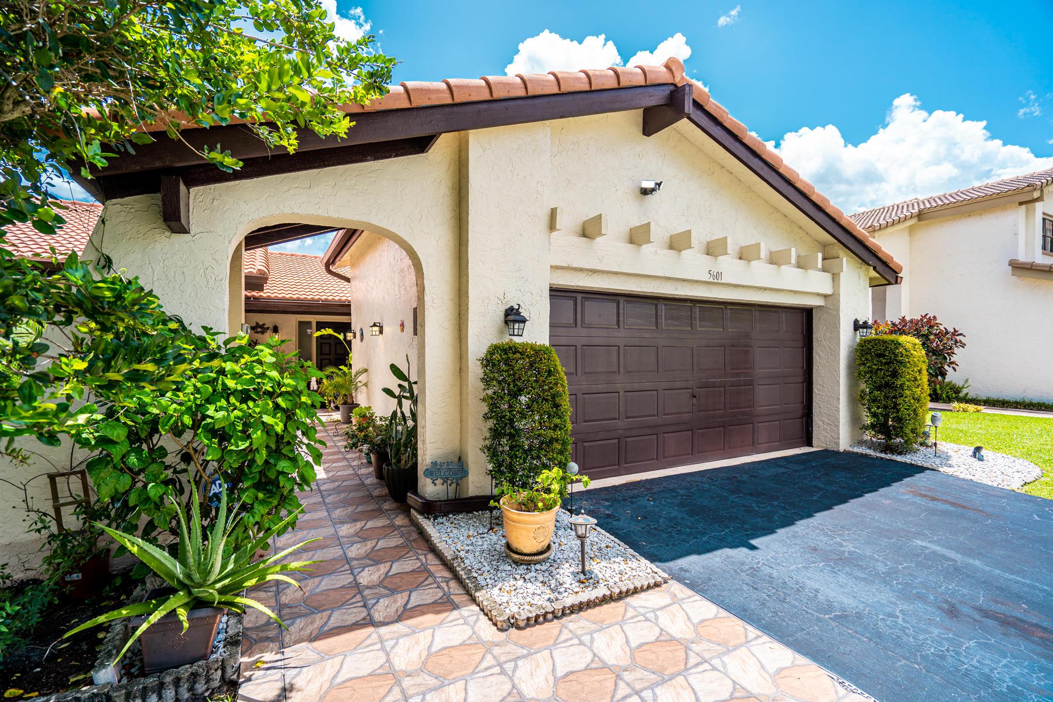 Home for sale in VILLAS OF GREEN GLEN II-B Boynton Beach Florida