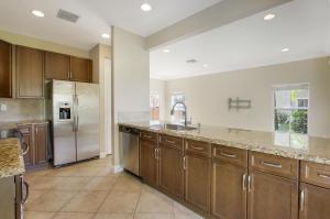 263  Lake Monterey Circle  For Sale 10635783, FL