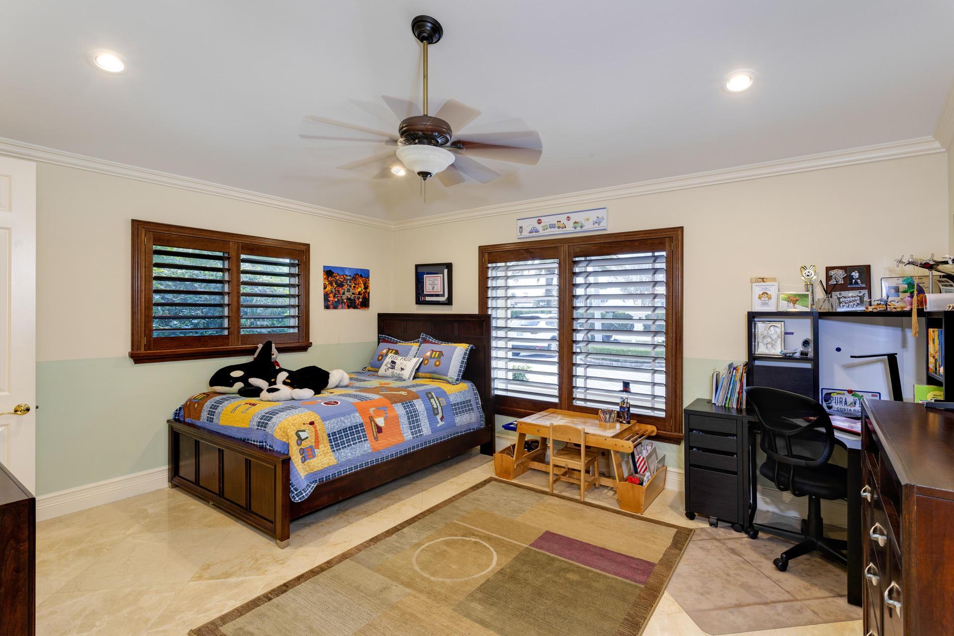 1098 Spanish River Road Boca Raton, FL 33432 photo 13