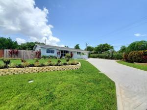201 SW 12th Street  For Sale 10635872, FL