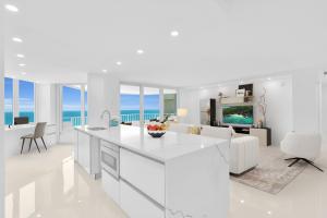 550 S Ocean Boulevard 1905 For Sale 10636061, FL