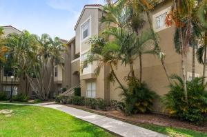 1845  Palm Cove Boulevard 8-302 For Sale 10636779, FL