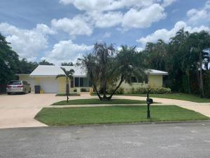2311  Edgewater Terrace  For Sale 10636122, FL