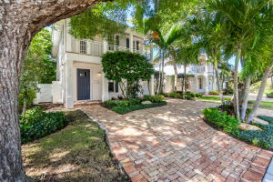 215 NE 5th Street  For Sale 10636182, FL