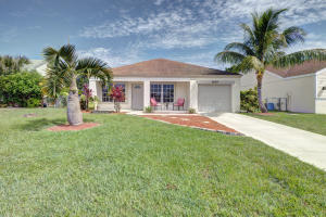 8639  Indian River Run  For Sale 10629886, FL