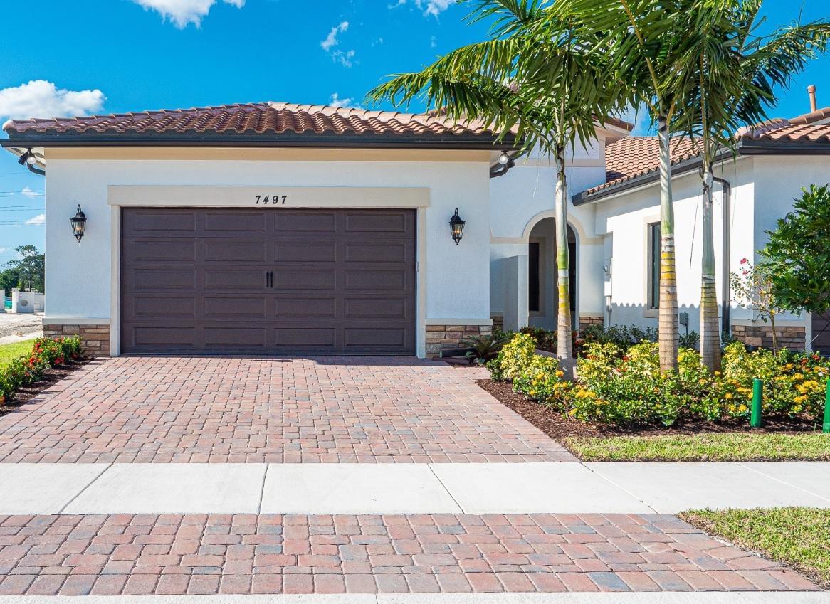 Photo of 7497 S Blue Spring Drive, Parkland, FL 33067