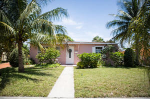 1019  Forest Court  For Sale 10636360, FL