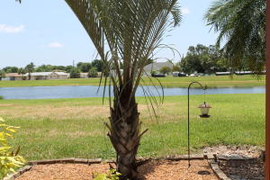 1800  Embassy Drive 125 For Sale 10636579, FL