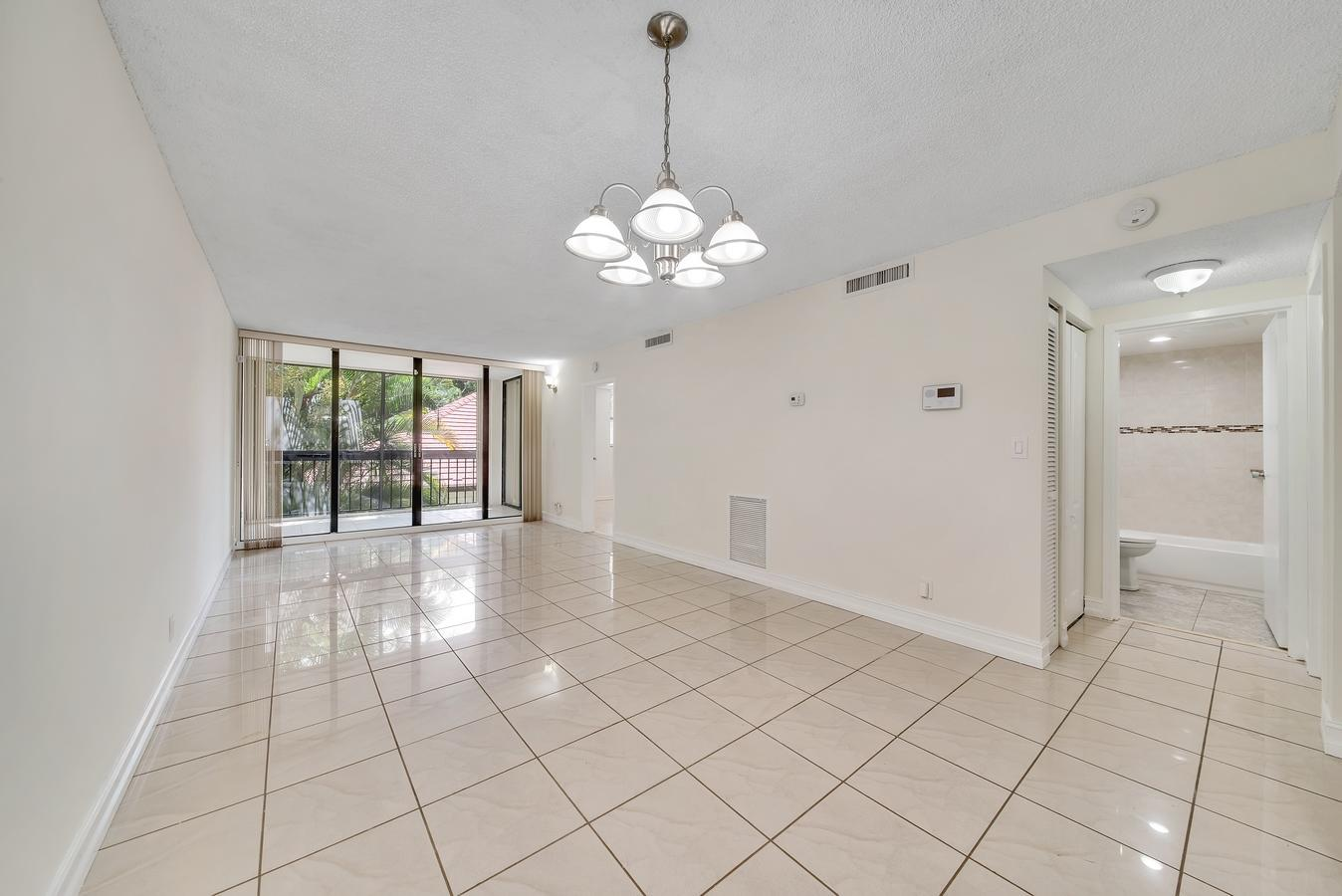 8437 Forest Hills Drive 205 Coral Springs, FL 33065 photo 6